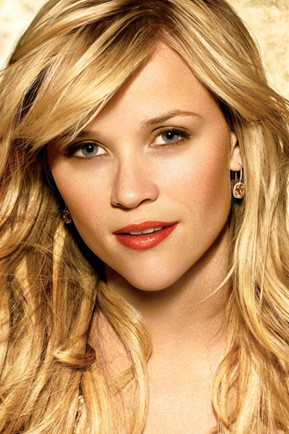 http://newyorkcharityblog.files.wordpress.com/2009/09/reese_witherspoon_avon_cosmetics.jpg